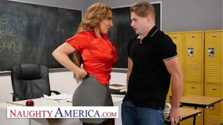 Naughty America – Richelle Ryan Fucks her college student